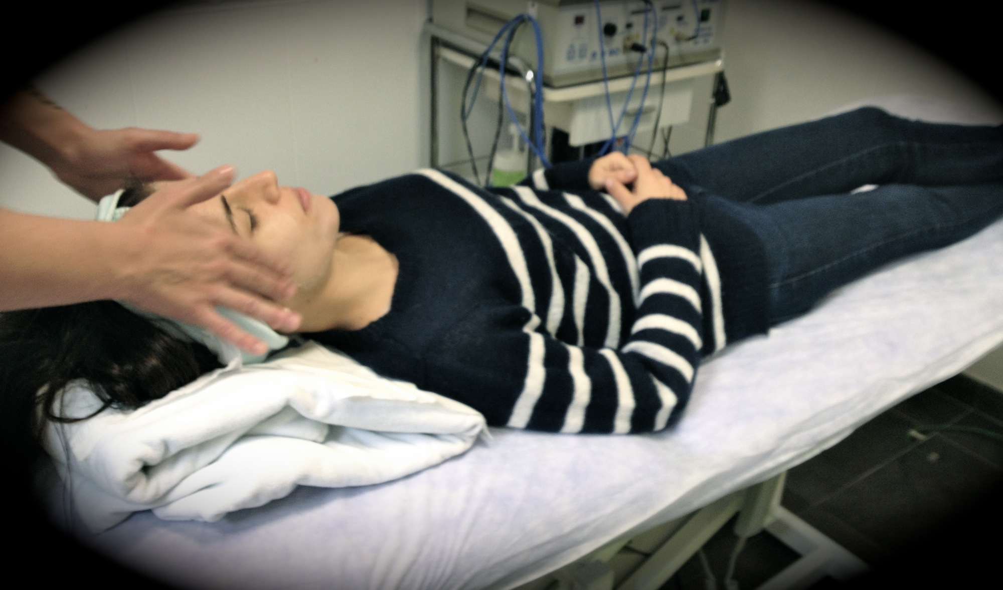 Club Salud 24h: Lecciones De Cosmética Y Tratamiento De La Piel Con