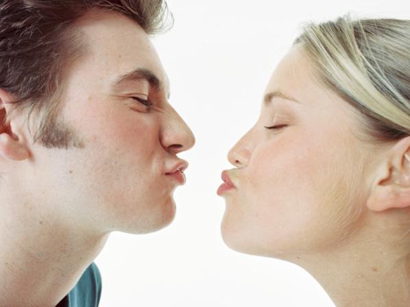 Enfermedad del beso sus sintomas
