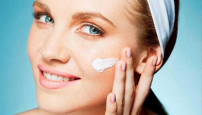Cuidado de la piel: higiene, hidratación, protección y exfoliación