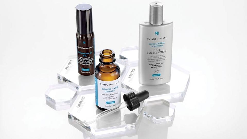 Demostración de productos antioxidantes Skinceuticals en farmacia Benimaclet